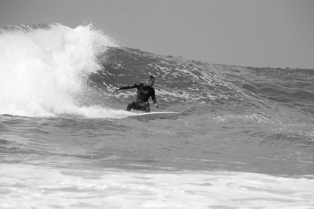 Angourie_Surfers_085 B&W