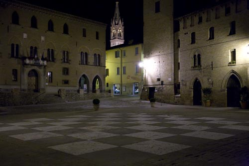 Castelvetro - Piazza