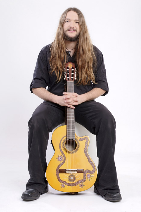 Nano Stern, image courtesy of Dubb Management